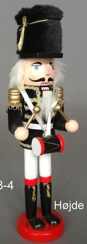 Nutcracker with drums black