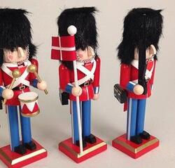 Nutcracker Danish guards red small
