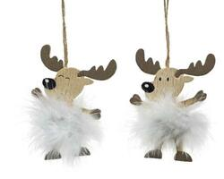 Deer hangers with feathers