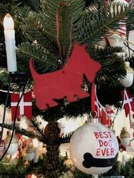 Scottie Christmas hanger or magnet